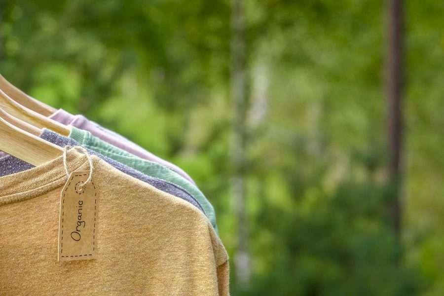 magliette in tessuto naturale
